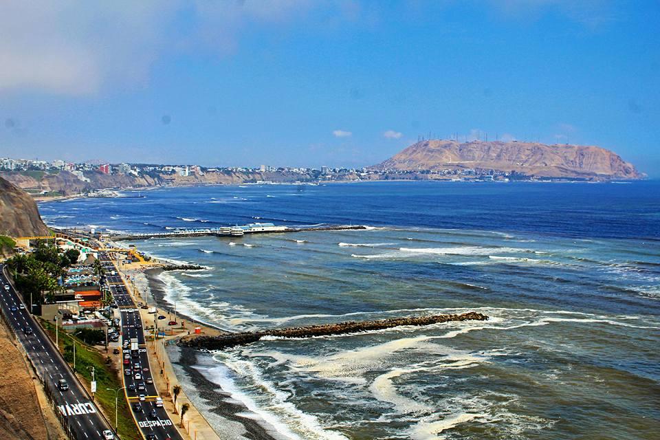 Chris Tarzan Clemens - Malecón Miraflores Lima Peru
